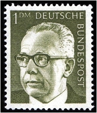 Johannes Kaplan erklärt den Sinn von Briefmarken