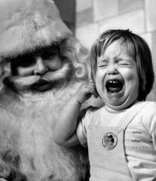 Kind weint Weihnachten